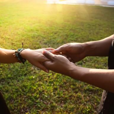 https://pixabay.com/fr/aimez-aimer-tomber-amoureux-eureka-700771/ CC0 Public Domain ©